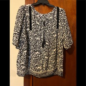 Black and Tan size Xl old navy blouse